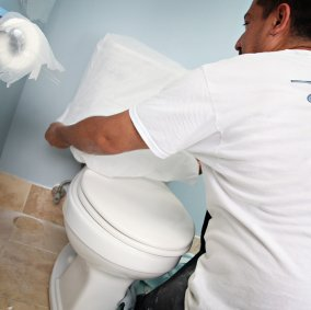 Polypropylene Protective Toilet Cover Image 2