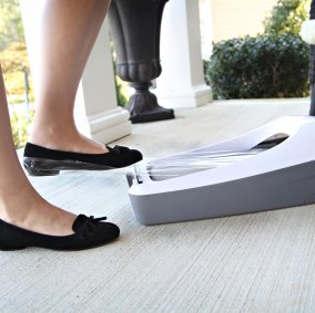 E-Z Floor Guards® for Shoes Image 3