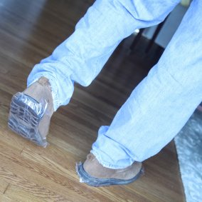 E-Z Floor Guards® for Shoes Image 2